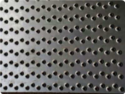 三角孔防滑板